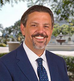 Victor Carmona