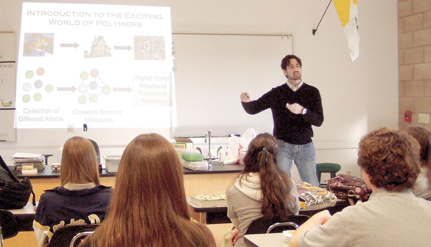 Bridging the Gap; USD Biology Professor Lisa Baird works with students