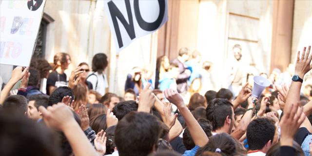 pankaj mishra protest image