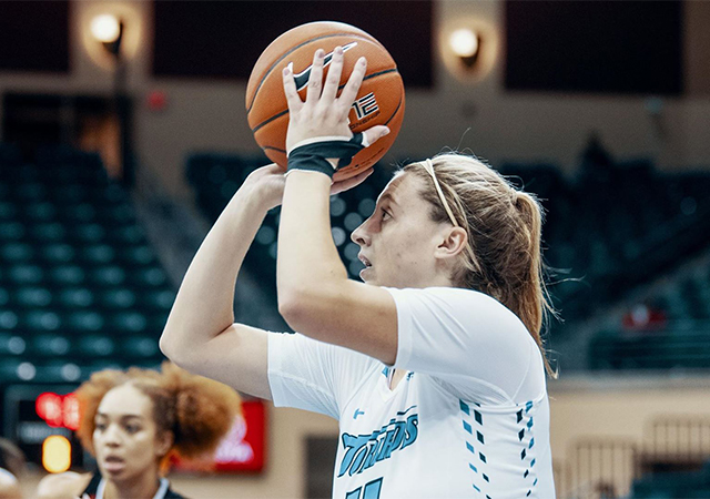 Madison Pollock and the rest of the USD women's basketball team will host and compete in a post-Thanksgiving tournament Nov. 29-30 in the JCP.