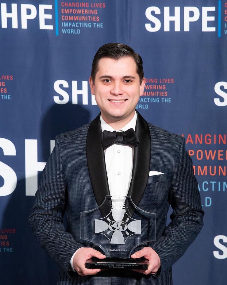 Jose Estrada Accepting SHPE Award