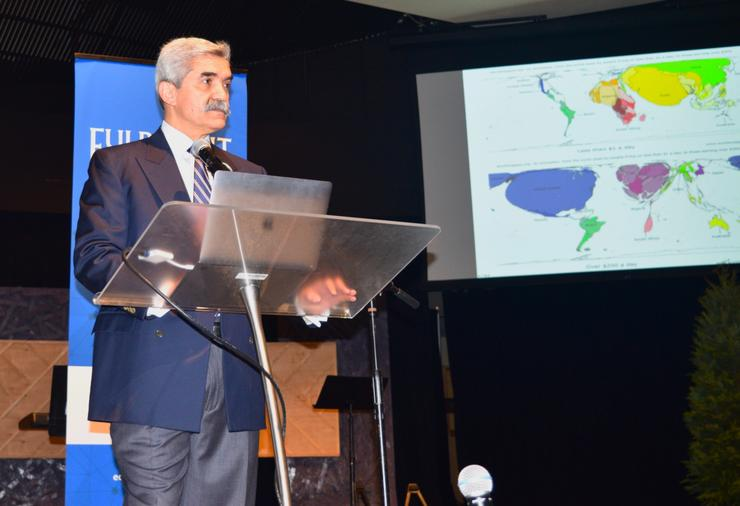 Fulbright scholars gather at USD for seminar