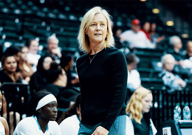 Women's Basketball Coach Cindy Fisher