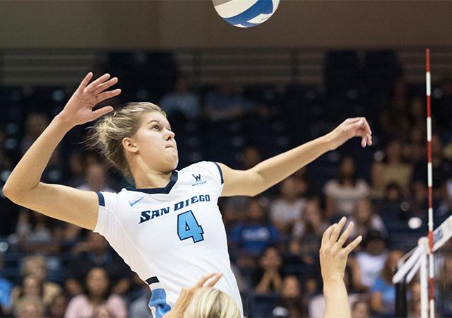 Addie Picha, Volleyball