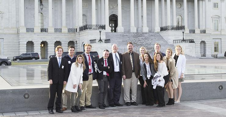 Eleven USD students and two USD faculty members are in Washington D.C. for the 2017 Inauguration Academic Seminar, hosted by The Washington Center.