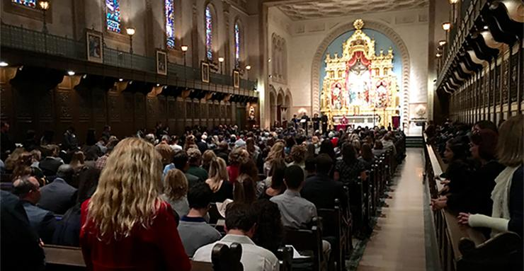 Candlelight Mass Fall Semester 2019 is Dec. 15