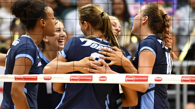 The USD women's volleyball team had an enthusiastic crowd that gave them a lift during its weekend tournament inside the Jenny Craig Pavilion. USD won two of three matches to move its record to 4-2.