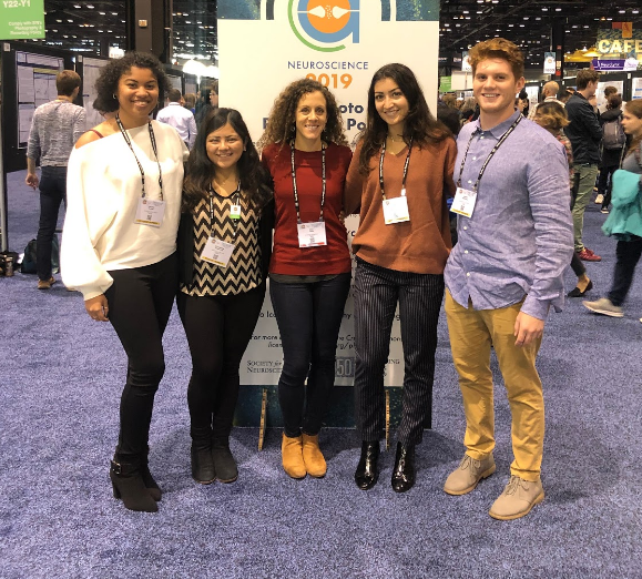 Students with Dr. Hales at SfN Conference