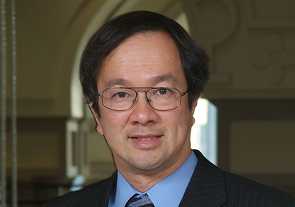 Alan Gin, associate professor of economics