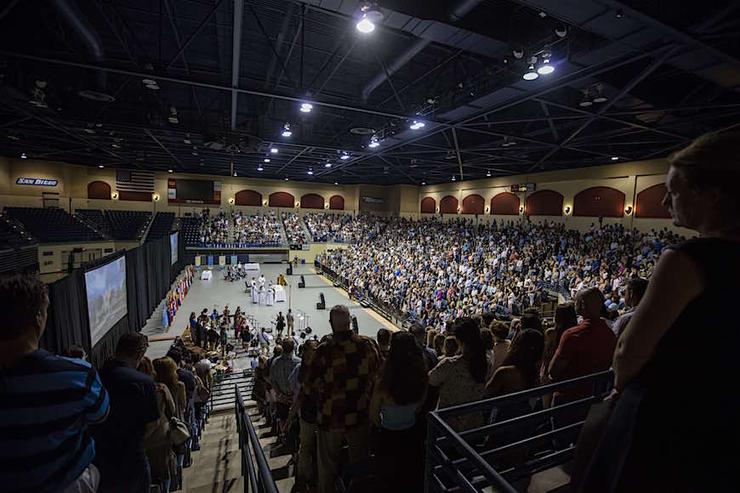 Welcome, new Toreros to the University of San Diego and Ole! Weekend orientation. There will many chances to gather together and connect, such as Sunday's Welcome Mass.