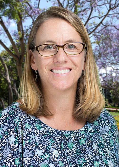 Dr. Elisabeth Walcott